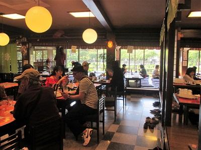 太宰府天満宮のうぐいす茶屋の店内