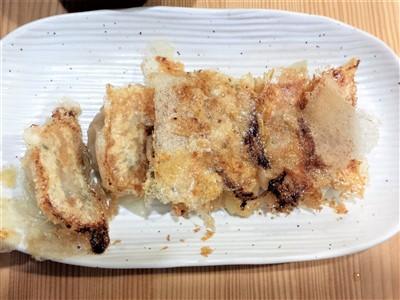 餃子酒場りきまるの焼き餃子1