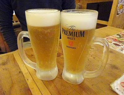 大阪満マルの生ビールはプレミアムモルツ