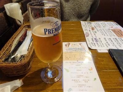 トーティラフラットの生ビールはプレミアムモルツ